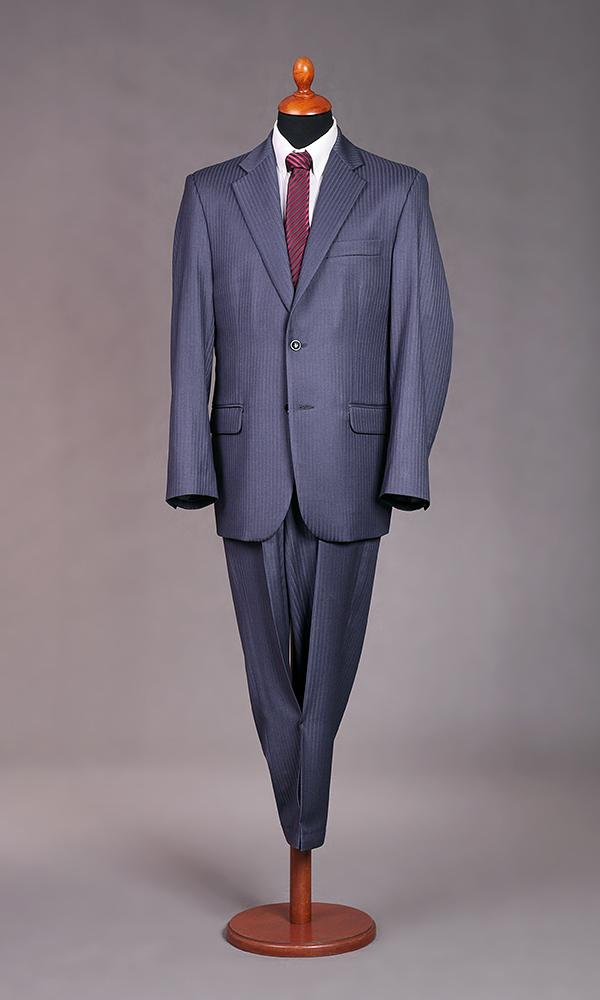 91c90ec151 2 gombos, gyapjú, karcsúsított öltöny,